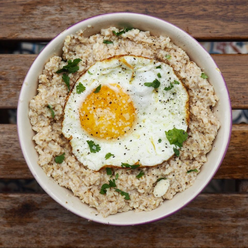 receta porridge salado huevo parmesano
